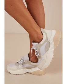 Showpo Therapy - Busta sneakers in white - 5 Therapy