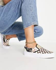 The North Face Essential hoodie in pink tie dye Exclusive at ASOS