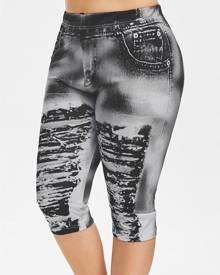Rosegal Plus Size 3D Ripped Jean Print Capri Legging