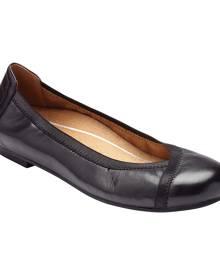 Women's Vionic Caroll Ballet Flat, Size: 8 M, Black Leather