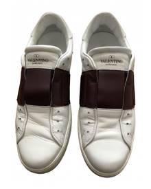 Valentino Garavani Rockstud White Leather Trainers for Men