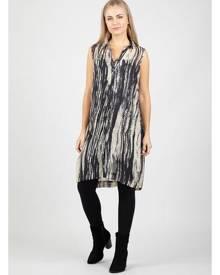 Izabel London Split Side Longline Shirt