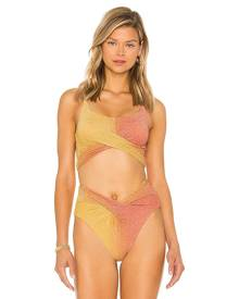 BEACH RIOT X REVOLVE Kenzie Bikini Top in Orange. - size M (also in S, XS)