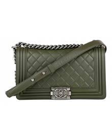 Chanel Boy Green Leather handbag for Women \N