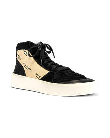 Fear of God Strapless Skate Mid in Black & Creme Print - Black,Neutral. Size 41 (also in 42,44,45,46).