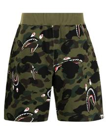 A BATHING APE® camouflage-print track shorts - Green