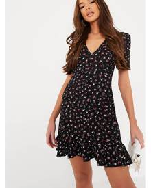ISAWITFIRST.com Black Floral Short Sleeve Mini Skater Dress - 4 / BLACK