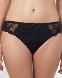 Brava Woman Louisa Bracq Elise Brief